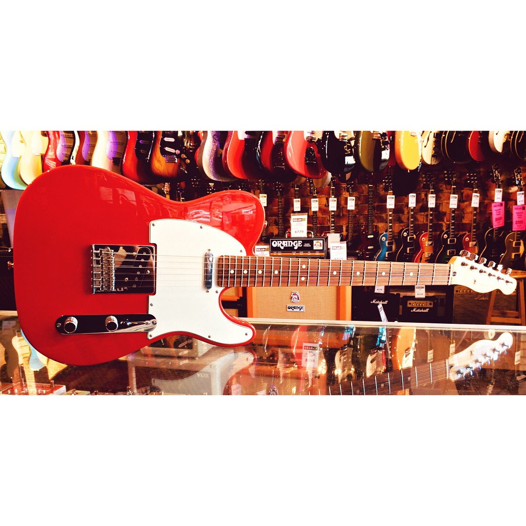 Fender Player Tele PF In Sonic Red