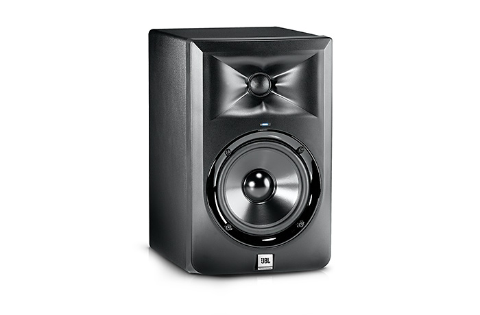 JBL LSR305 5 Inch 2 Way Powered Studio  …